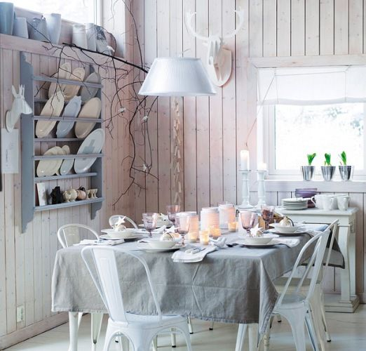 Love how rustic this is! Stealing some of these ideas