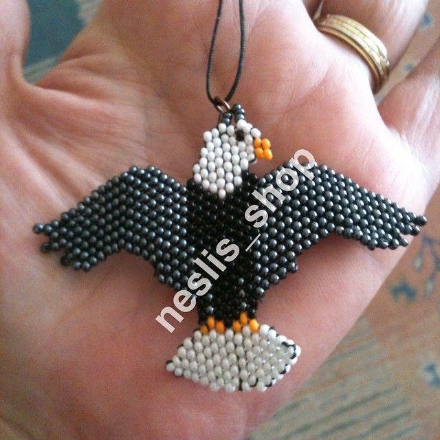 Arkadaşımın kartalı da hazıır#takı#jewelry#bird#flybird#kuş#kartal#peyote#kumboncuk#bead#elişi#hanmade# http://turkrazzi.com/ipost/1521137915034503937/?code=BUcKt_YAosB