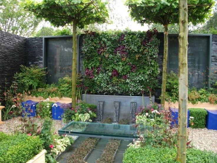 Moderne Idee für kleinen Garten - Vertikaler Garten, Brunnen und - kleine garten sichtschutz
