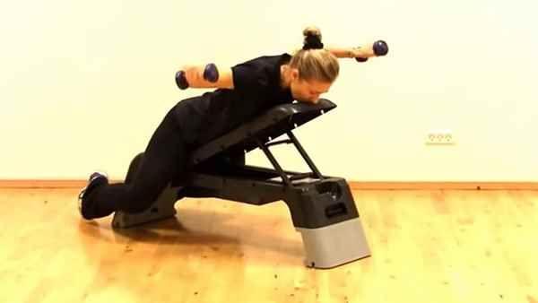 BREVKASSE Til kamp mod rygsmerter med små øvelser | Lev nu | DR