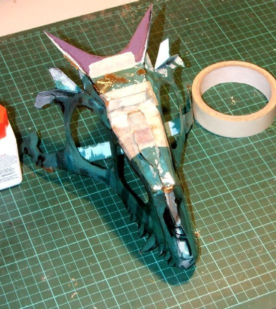 Make a wearable dragon skull Picture of Stiffening the basic structure