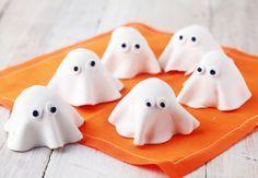 Halloween kakor som ser ut som spöken