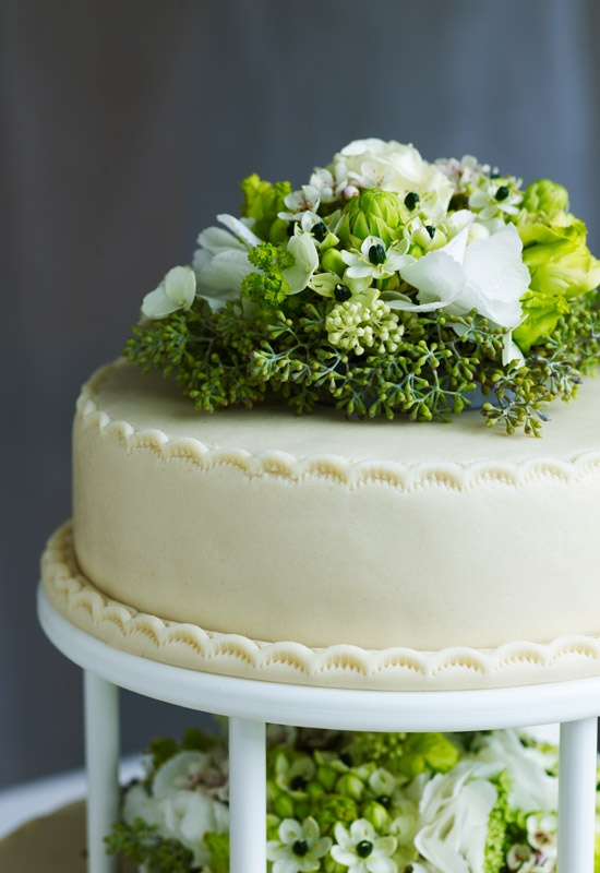 Danish Wedding Cake by Blomsterberg