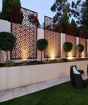 In Front Of The Ventilation System Small Garden Design Ideas Low Maintenance Small Backyard Landscaping Outdoor Gardens Design