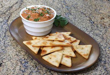 Snacks Made Easy: Spicy Refried Bean Dip: Easy Spicy Refried Bean Dip