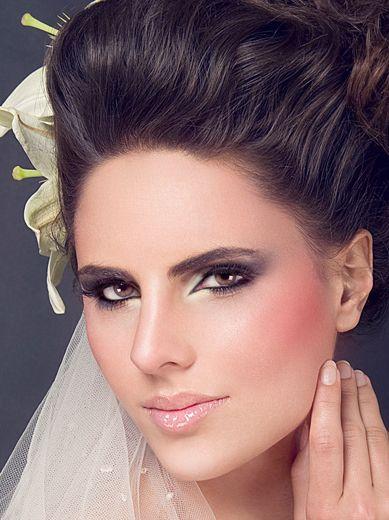 Maquillaje de noche para novia