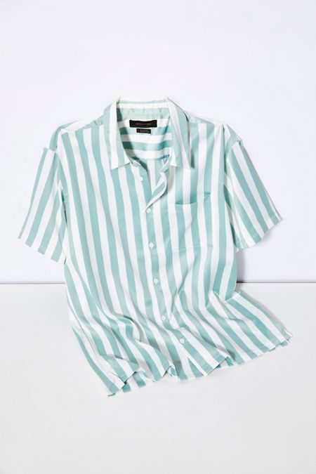 e61897303 UO Sport Striped Rayon Short Sleeve Button-Down Shirt in 2019 ...