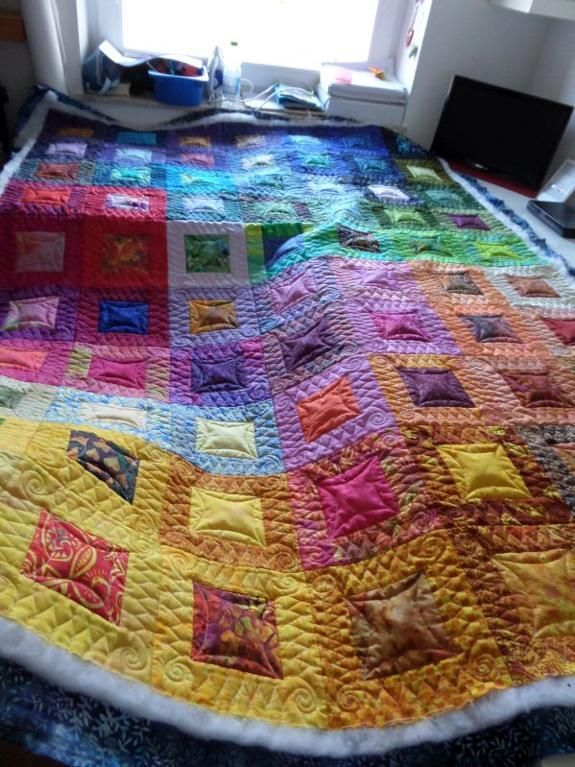 Batik Quilt project on Craftsy.com, Quilting Big Projects on a Small Machine