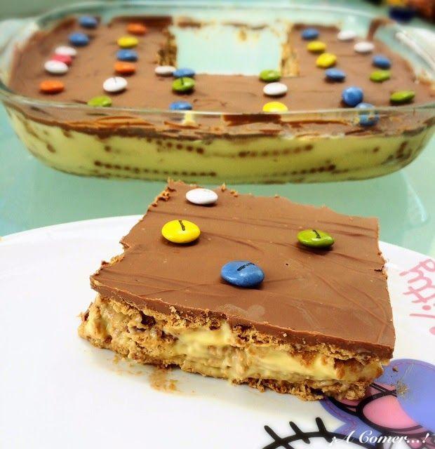 La típica tarta de cumpleaños.... pero que está deliciosa !!!!  Esta es la que hace mi suegra, la abuela Consuelo ( más recetas ), ...