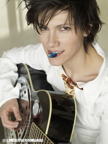 Elisa Toffoli. Italian artist who studied in America. her song 'dancing' was featured on dancing with the stars. and she truly has one of the prettiest and most powerful voice i have ever heard.  ...elisa toffoli consider yourself pinned.