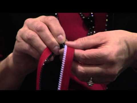 ▶ Sewing Zippers Lesson with Linda McGehee - YouTube