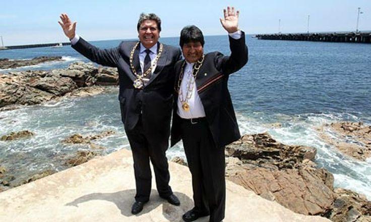 Peruvian leader, Alan García, signs deal with President Evo Morales allowing Bolivia to build port on small stretch of sand