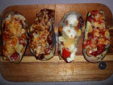 Eggplant pizza! Alternative to pizza bases!