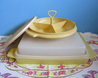 Transporteur de œuf Tupperware Harvest Gold Tupperware Mimosa et Vintage Tupperware 3 Section friandise bonbons Relish mini plateau avec couvercle et poignée