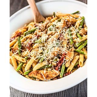 You can easily put together a weeknight meal using chicken, penne pasta and asparagus. This recipe is one of our favorite pasta dinners, thanks to the flavorful lemon butter pan sauce. Cook the penne pasta for about 6 minutes, until it's about halfway done,  then …