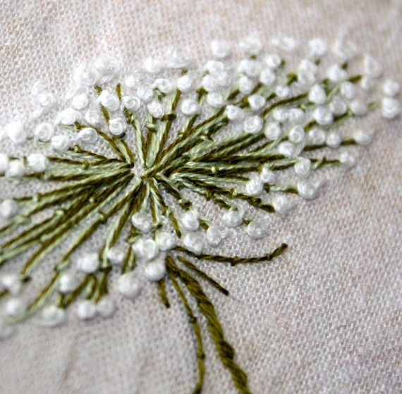 Queen Annes Lace Hand Embroidery Home Decor Linen #embroidery #crafts #flowers