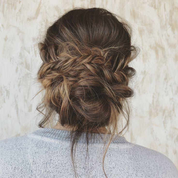 Prom Hair Ideas 2019 – Half up half down hairstyle #weddinghair #hairstyle #half…