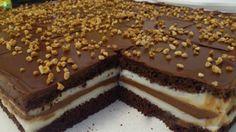Výborné a lahodné řezy Kinder. Ve středu křehká čokoláda s vláčný krémem. Oblíbené mezi dětmi, ale i dospělými. Mňam!
