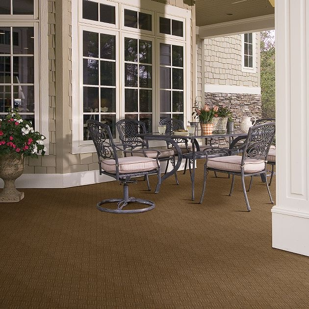 Carpeting on your patio -- you can do it!