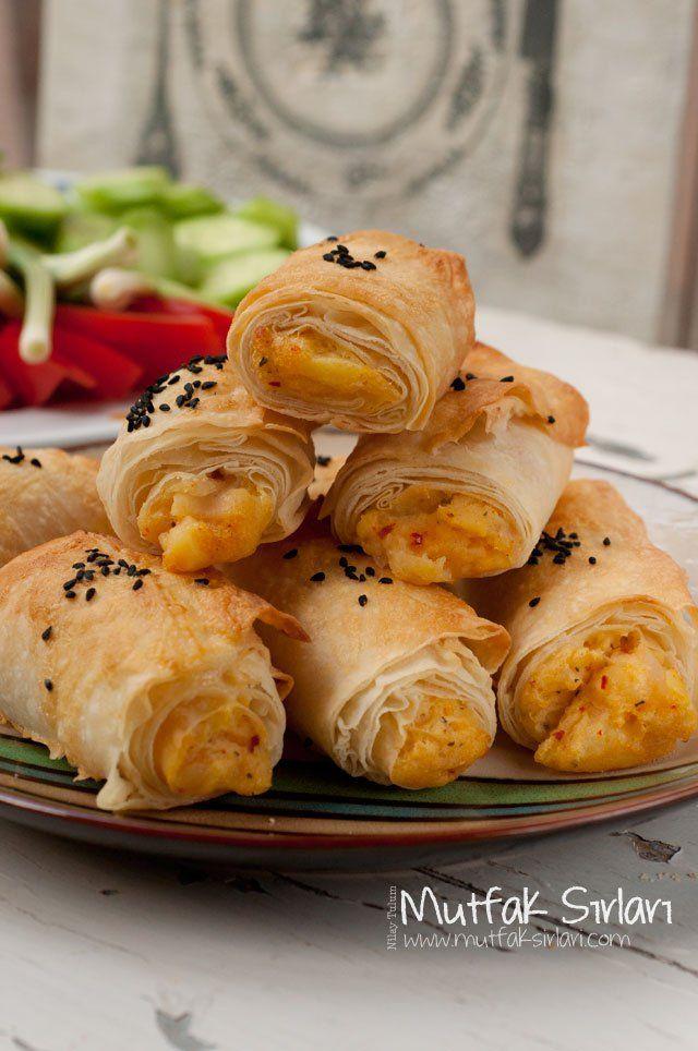 Unlu Patatesli Börek Tarifi | Mutfak Sırları