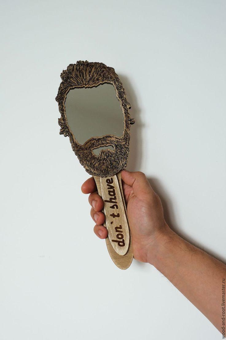 Купить или заказать Зеркало Бородач в интернет-магазине на Ярмарке Мастеров. деревянное зеркало для любителей бороды!! зеркало сделано из нескольких слоев балтийской березы, покрытых морилкой и лаком.