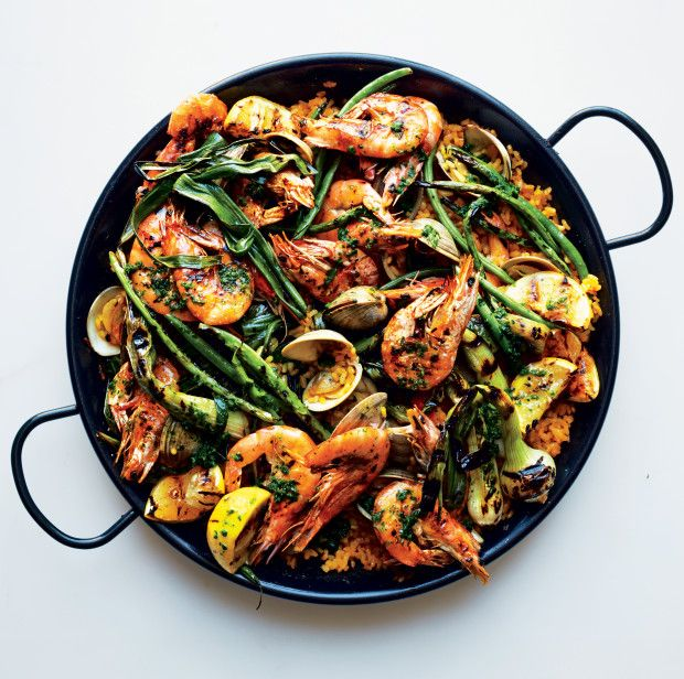 Yotam Ottolenghi's Vacation-by-the-Sea-Inspired Paella photo
