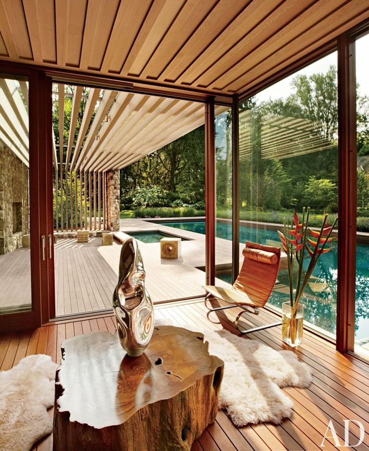 A contemporary poolhouse by SPaN in Westport, Connecticut