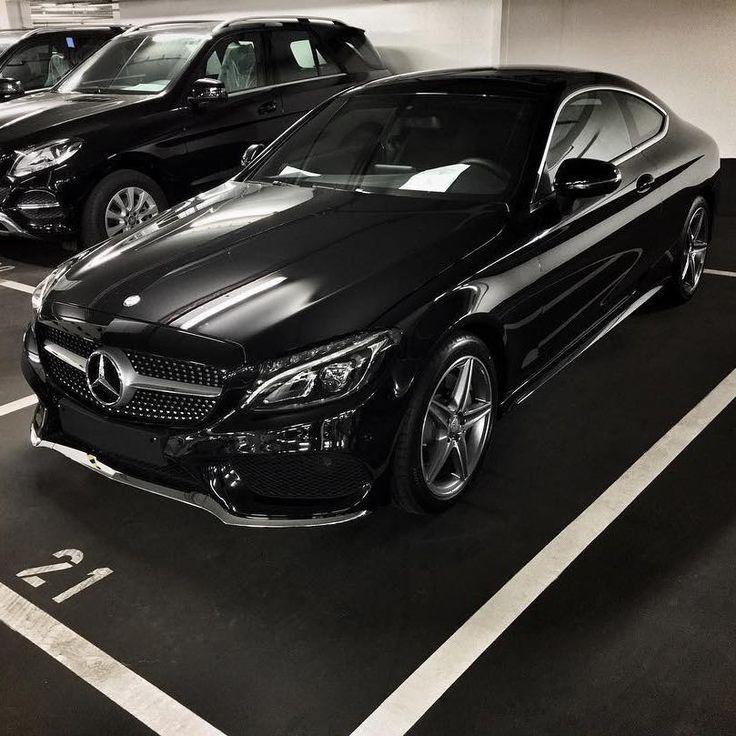 Mercedes-Benz C 300 coupé (Instagram @der_landgraf)