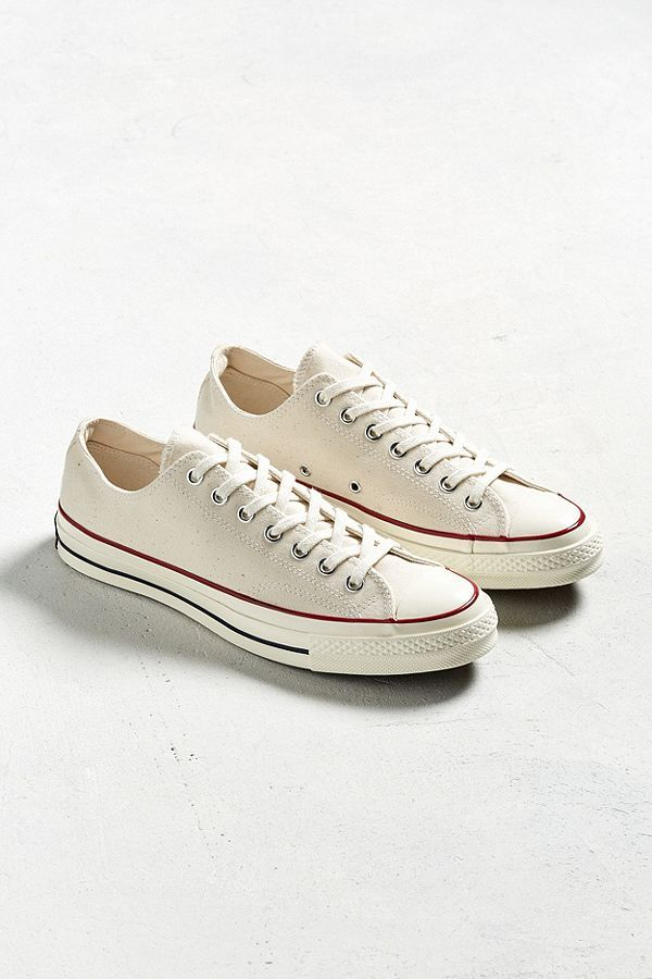 bd3bf37114ad Slide View  2  Converse Chuck Taylor  70s Core Low Top Sneaker