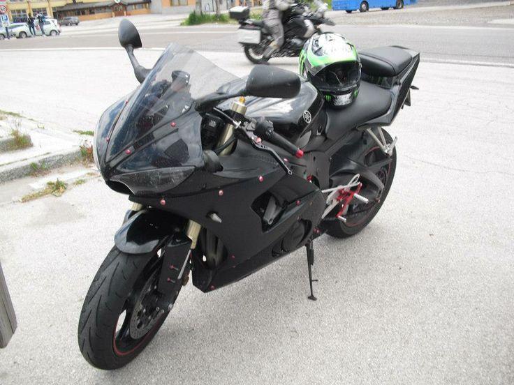 Yamaha R6 '05 in Ponte di Legno