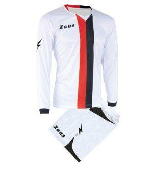 Fehér-Piros-Fekete Zeus B-Nario Focimez Szett rugalmas, sztreccses, elegáns, fehér alapon izgalmas színkombinációk mezen és nadrágon, kényelmes, tartós, váltómeznek is kitűnő választás a B-Nario focimez szett. Rövid ujjú mezé alakítható, ez a modern szerelés. Fehér-Piros-Fekete Zeus B-Nario Focimez Szett 3 méretben és további 9 színkombinációban érhető el. - See more at: http://istenisport.hu/termek/feher-piros-fekete-zeus-b-nario-focimez-szett/#sthash.6j2eyfbB.dpuf
