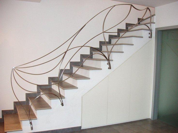 Oltre 1000 idee su ringhiere in ferro battuto su pinterest - Ringhiere per scale interne in legno ...