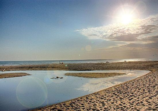 the-dipan-resort-petitenget.jpg (550×388)