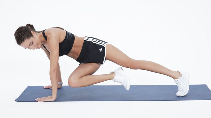 3-Move Cardio Circuit From BBG's Kayla Itsines: Being big fans of Aussie trainer and founder of the Bikini Body Guide Kayla Itsines, we're delighted to share this at-home cardio workout she created for POPSUGAR.
