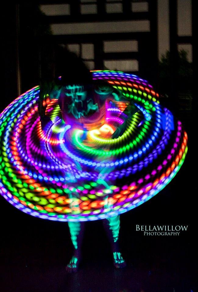 i waaaaaaaaant mood hoop!Neon LED Hula Hoop