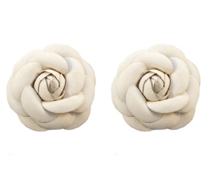 Shoe Clips Leather Look Flower White