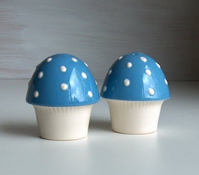 Hornsea Pottery Mushroom cruets. A spot of 1950s magic.