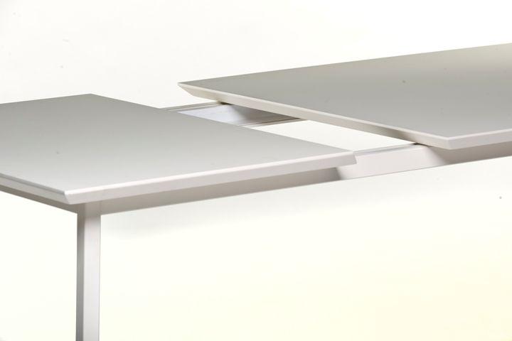 Metaform | Maatwerk en flexibiliteit in design meubelen  » KG
