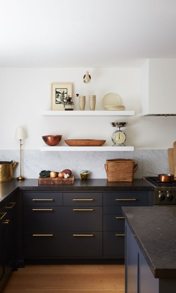 56 Black Kitchen Cabinet Ideas For Stylish Cooks 2020 Part 34