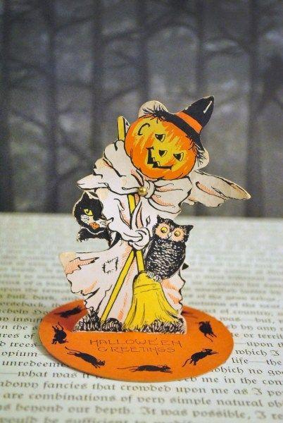 55 Beautiful Vintage Halloween Decoration Ideas Absolutely Love2 - vintage halloween decorating ideas