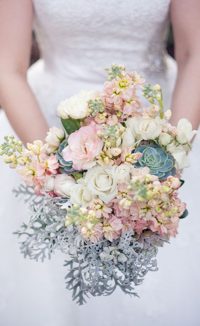 soft flowers and succulents ~ Photography: Seriously Sabrina Photography // Floral Design: Platinum Floral Designs