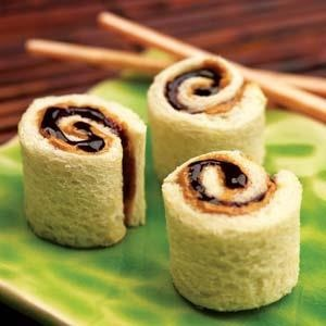 PB & J sushi! What a cute idea.