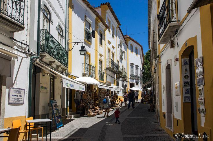 PT_160618 Portugali_0052 Évoran vanhan kaupungin turismia Alentejossa