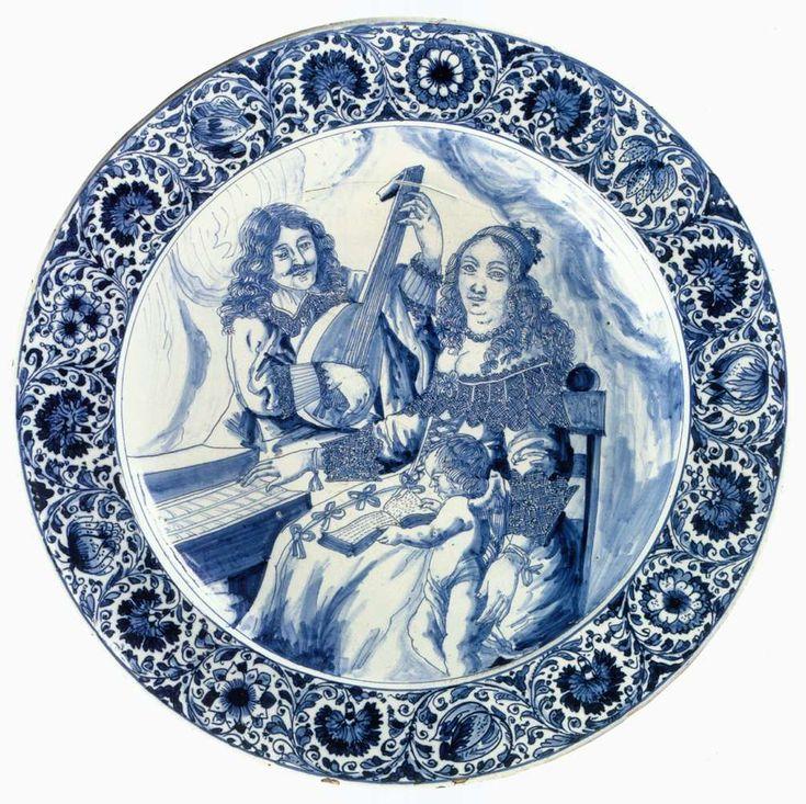 Блюдо с изображением игры 1650-65 Tin-глазурованная керамика, диаметр 53 см Rijksmuseum, Амстердам eva_k2