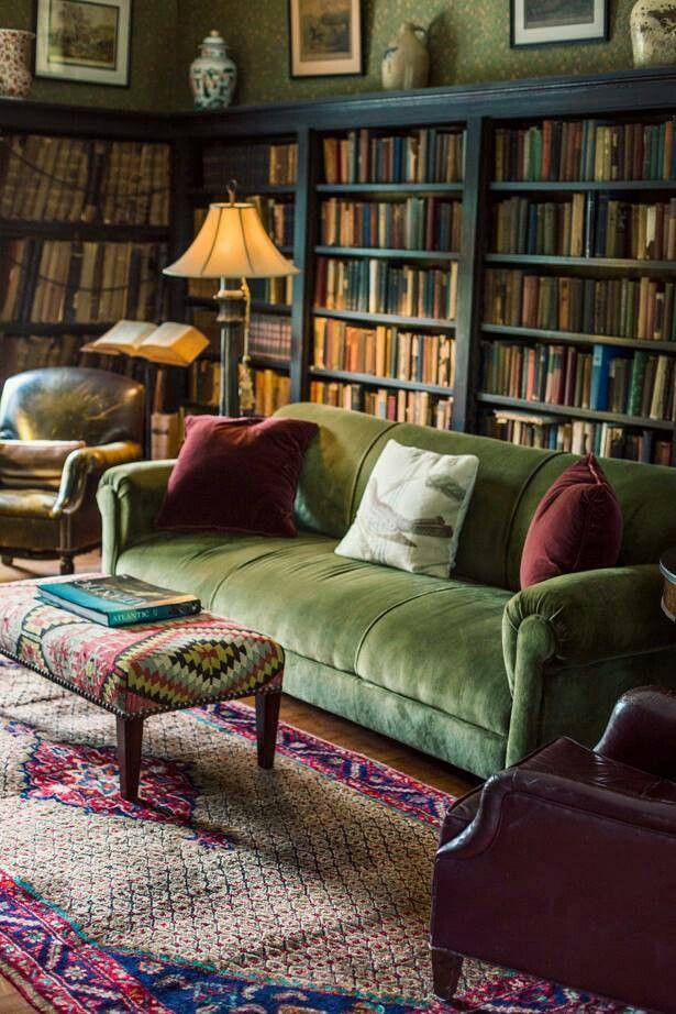 I have no idea if this is in a 1930s but it looks gorgeous. stylecComfiee living room