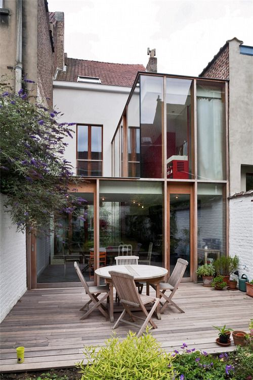 modern glass extension by wba. brussels.