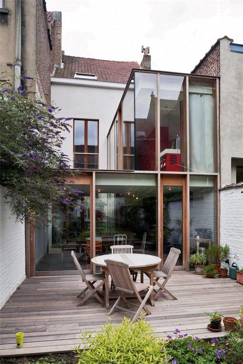 modern glass extension by wba.  brussels.