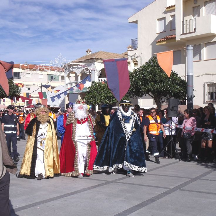 Three Kings Parade - Los Gallardos