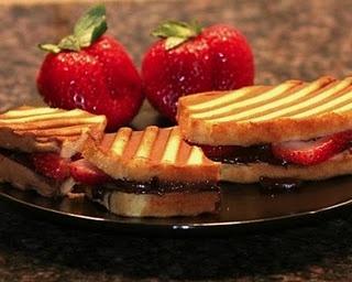 Nutella & Strawberry Panini | Yummy | Pinterest