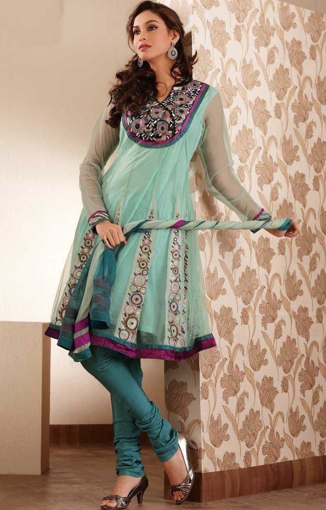 Dresses and Clothes for Girls